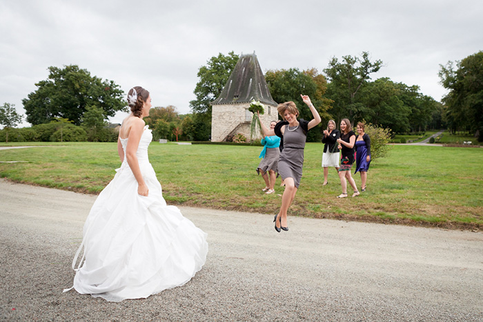mariage bretagne lancer son bouquet de mariée