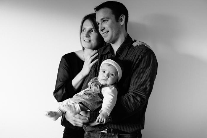 rennes photographe portrait de bebe en famille a domicile