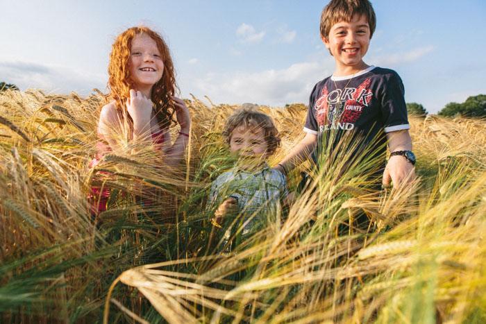 20140625-photographe-rennes-portrait-famille-champs-bles-08