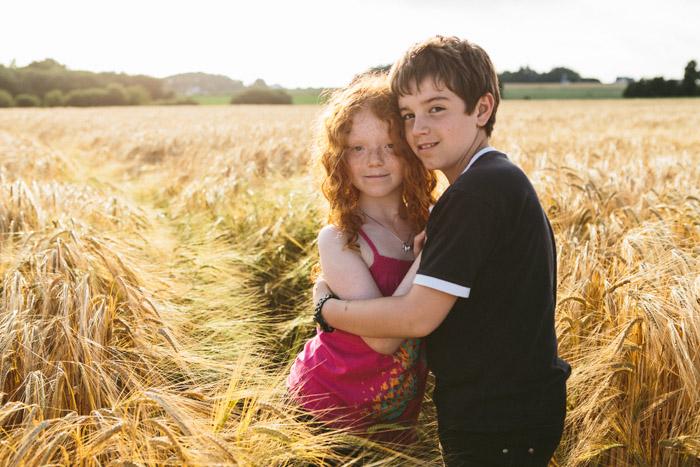 20140625-photographe-rennes-portrait-famille-champs-bles-12