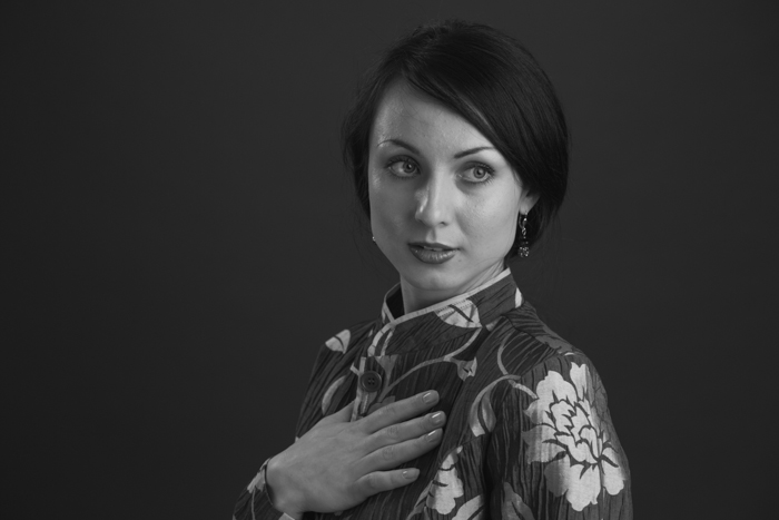 portrait femme noir et blanc rennes  studio photographe