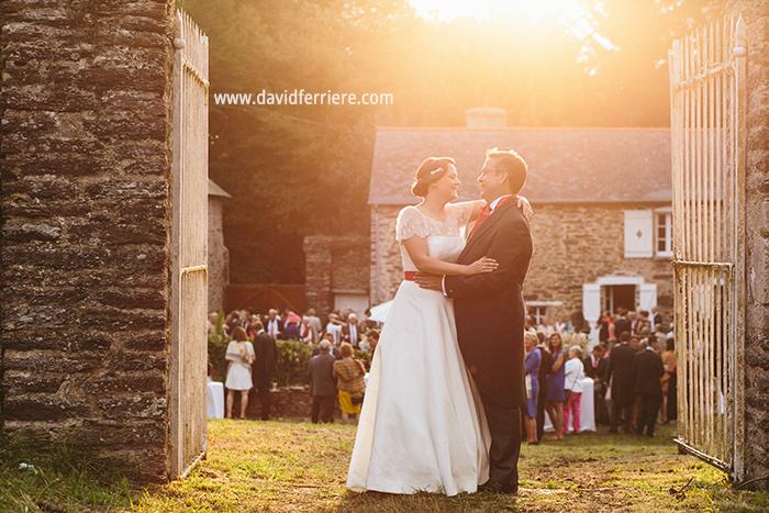 mariage bretagne portrait couple soleil couchant