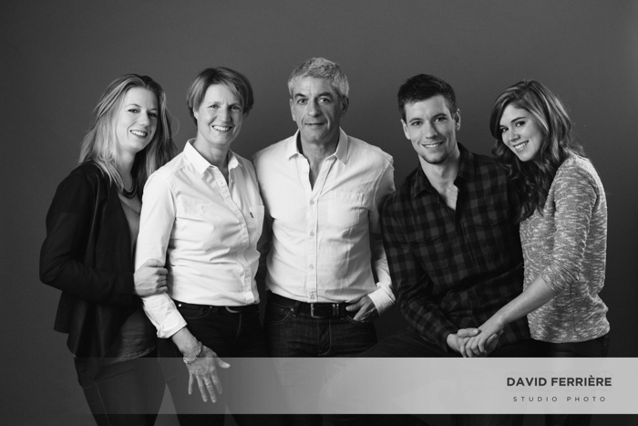 20160507-david-ferriere-PHOTOGRAPHE_rennes-photo-de-famille-portrait-en-studio-classique-souvenir-intemporel-01