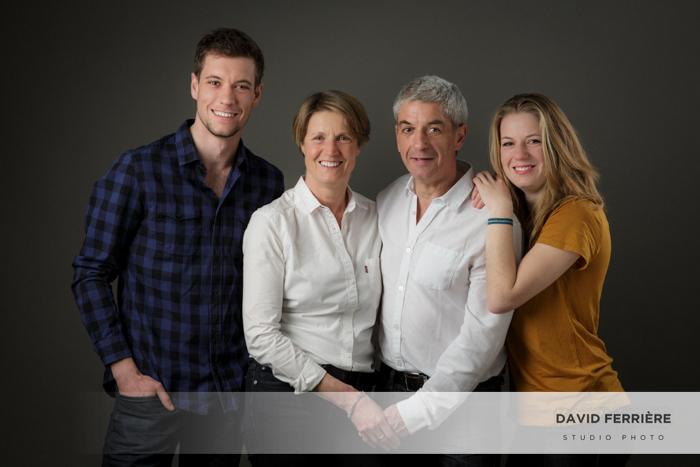 photographe rennes studio portrait seance photo en famille souvenirs