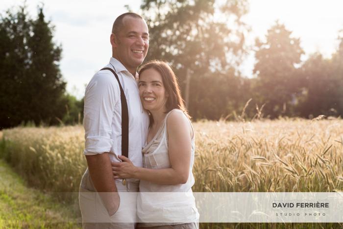 photos familles dans un champs de blé