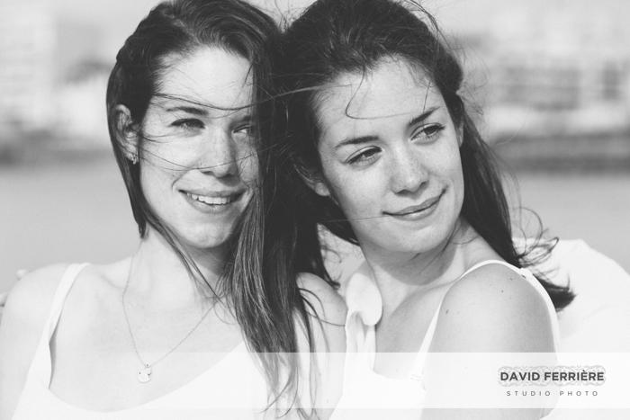 photo soeurs jumelles saint malo rennes bretagne portrait original sur la plage
