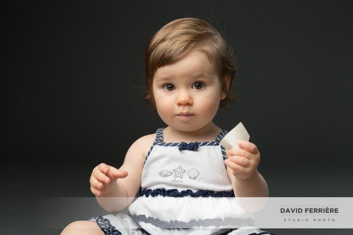 20171013-david-ferriere-photographe-rennes-seance-photo-bebe-enfant-studio-noir-et-blanc-6